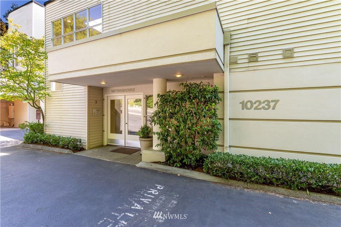 10237 SE 3rd Street #4, Bellevue, WA 98004 - #: 1818016
