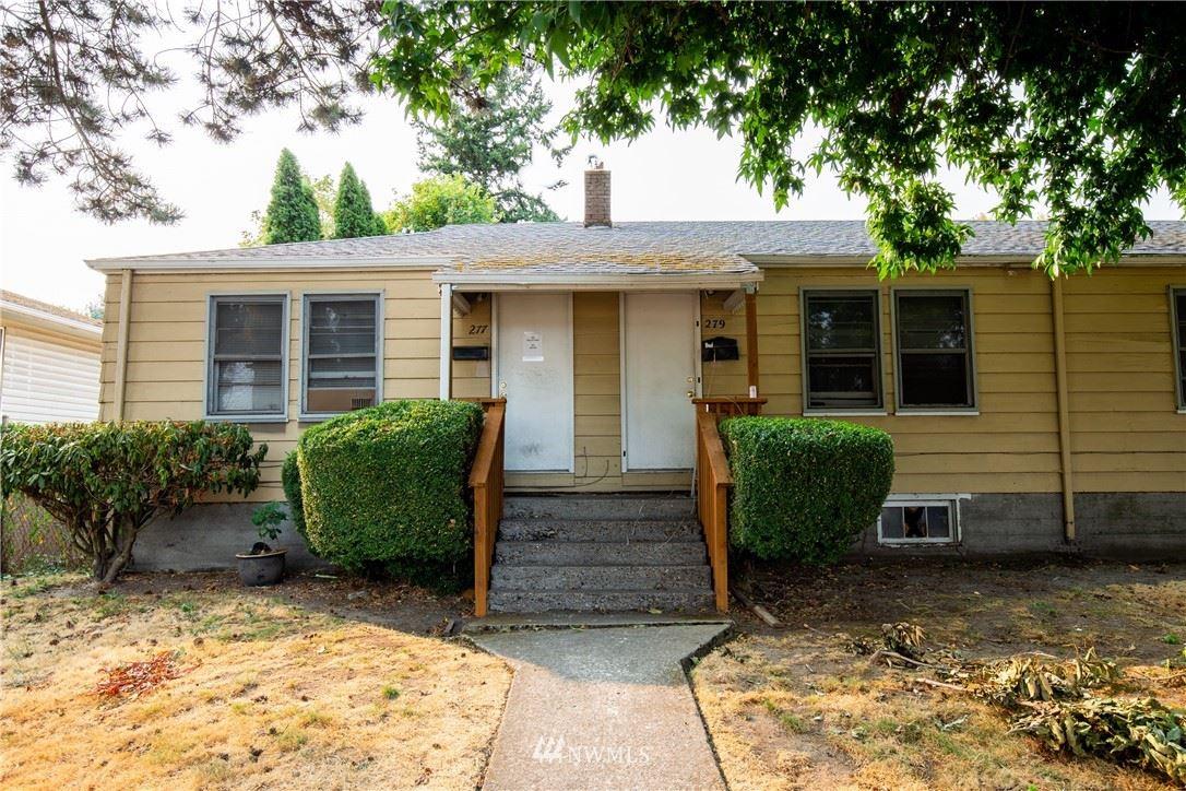 Photo of 277 22nd Avenue, Longview, WA 98632 (MLS # 1842016)