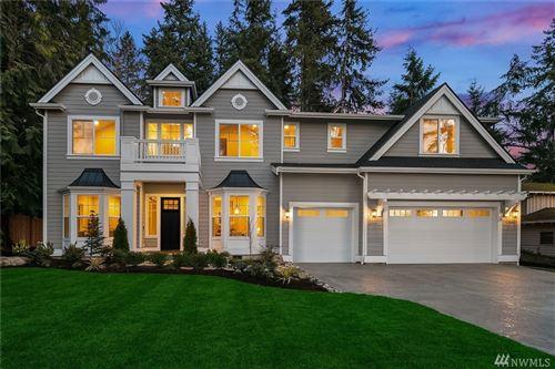 Photo of 15056 NE 11th Place, Bellevue, WA 98007 (MLS # 1574020)