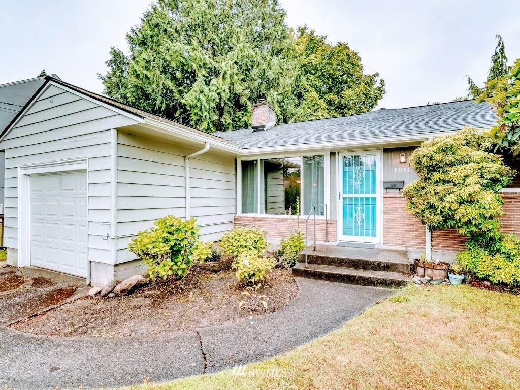 8811 Ashworth Avenue N, Seattle, WA 98103 - #: 1792020