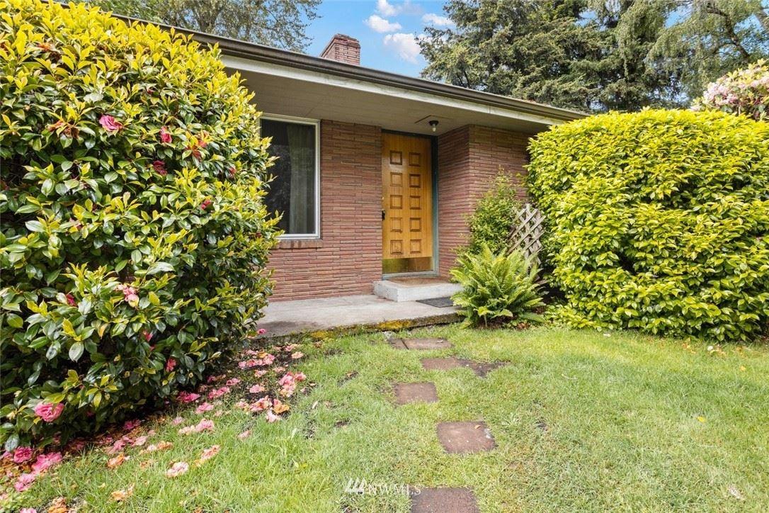 Photo of 4030 S 152nd Street, Tukwila, WA 98188 (MLS # 1768021)