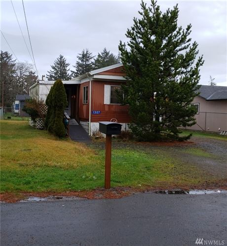 Photo of 1307 265th Place, Ocean Park, WA 98640 (MLS # 1554022)