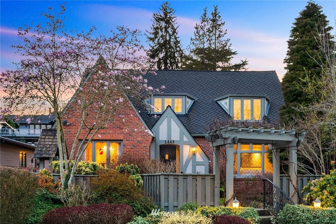 Photo of 1443 Broadmoor Drive E, Seattle, WA 98112 (MLS # 1746022)