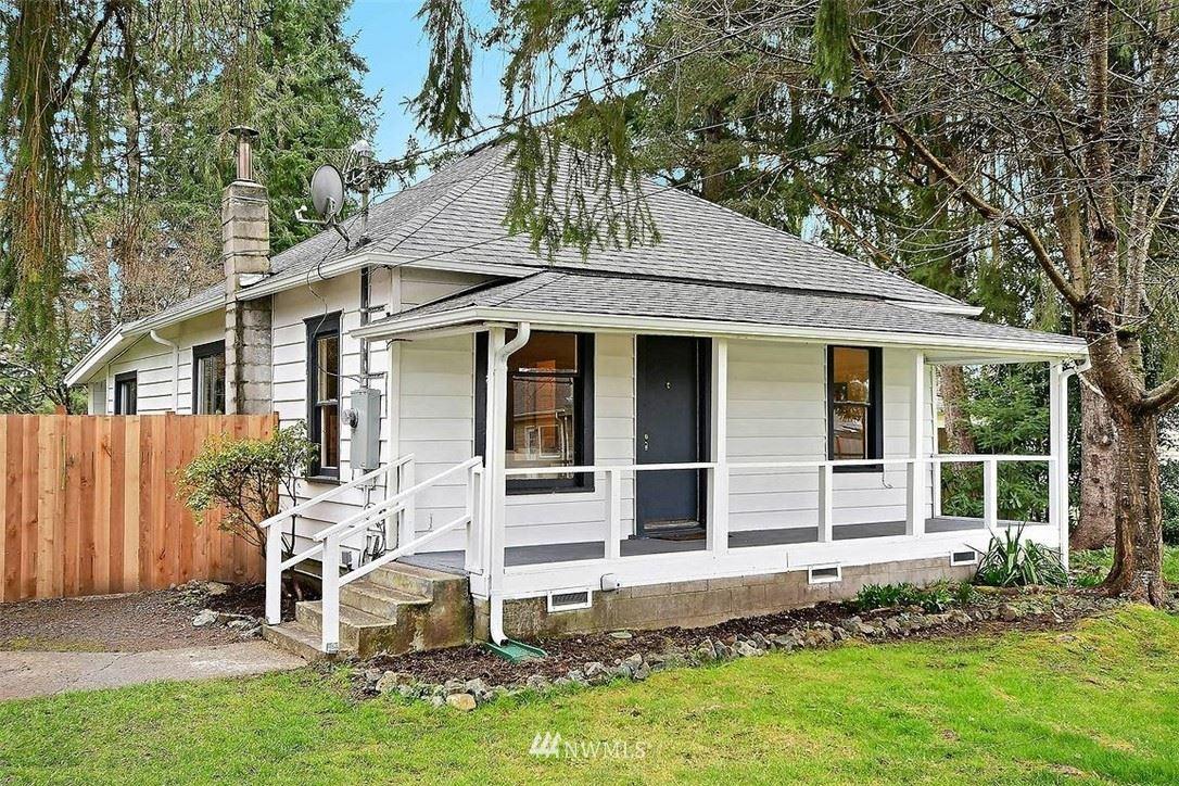 Photo of 12909 28th Place NE, Lake Stevens, WA 98258 (MLS # 1745027)