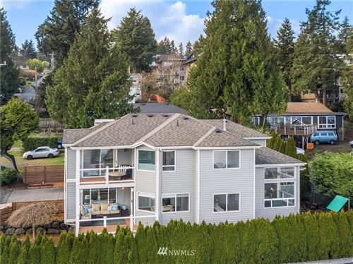Photo of 3856 NE 155th Street, Lake Forest Park, WA 98155 (MLS # 1718028)