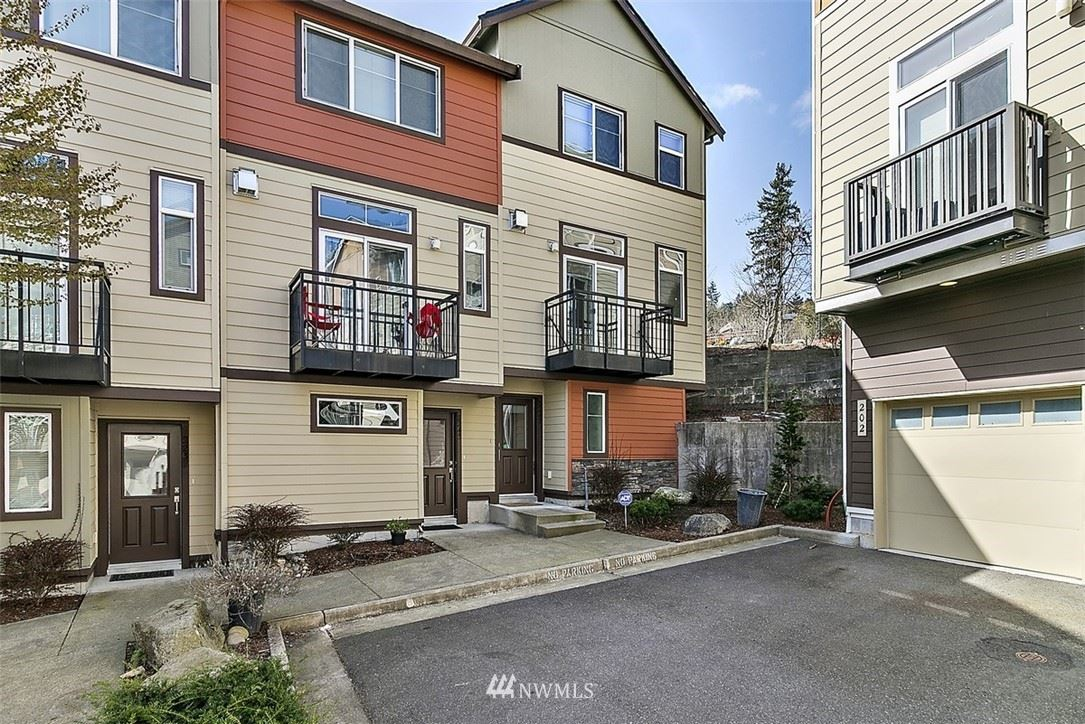 Photo of 2247 NW Moraine Place, Issaquah, WA 98027 (MLS # 1754028)
