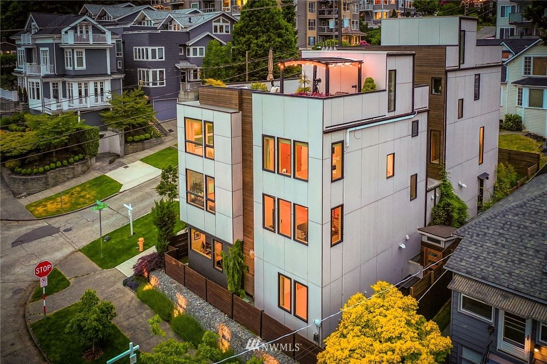Photo of 1000 5th Ave N, Seattle, WA 98109 (MLS # 1781028)
