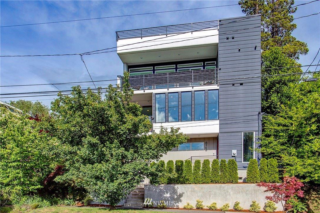 Photo of 814 14th Avenue #A, Seattle, WA 98122 (MLS # 1792028)