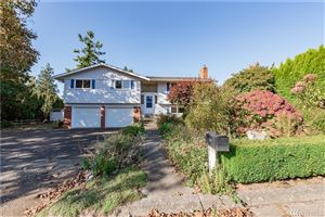 Photo of 335 Park Place, Lynden, WA 98264 (MLS # 1530029)