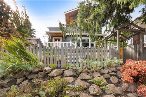 Photo of 3729 Bagley Avenue N, Seattle, WA 98103 (MLS # 1839029)