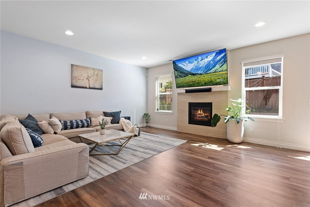 Photo of 20304 85th Place NE, Bothell, WA 98011 (MLS # 1777029)