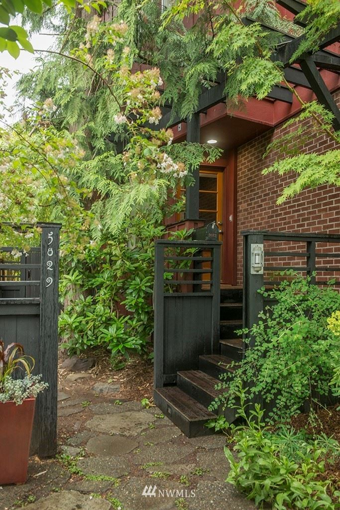 Photo of 5029 21st Avenue NE, Seattle, WA 98105 (MLS # 1790029)