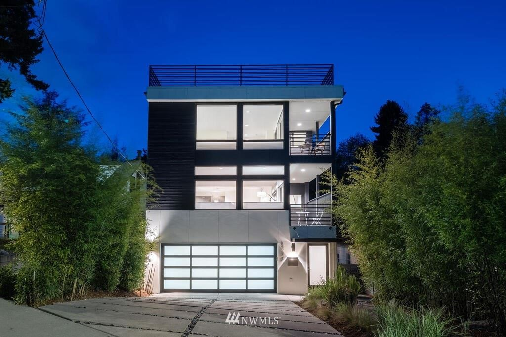 Photo of 6788 48th Avenue SW, Seattle, WA 98136 (MLS # 1774030)