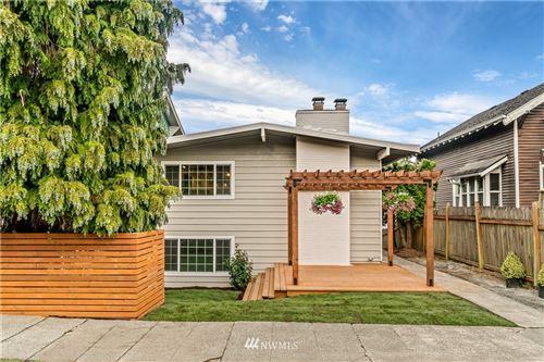 Photo of 412 30th Avenue E, Seattle, WA 98112 (MLS # 1753031)
