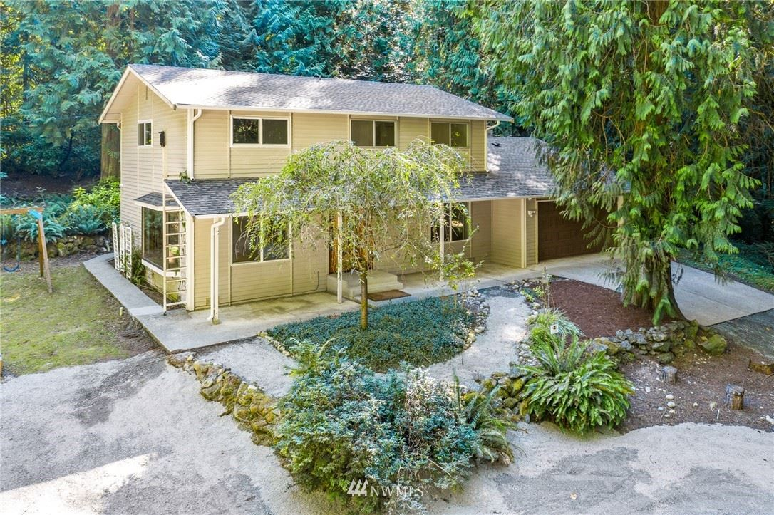 Photo of 13229 195th Place SE, Issaquah, WA 98027 (MLS # 1653031)