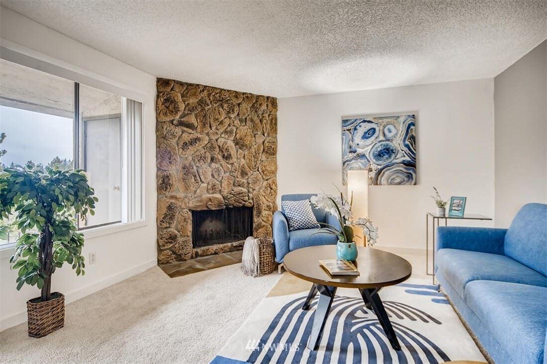 Photo of 12611 NE 145th Place #H-77, Kirkland, WA 98034 (MLS # 1781032)