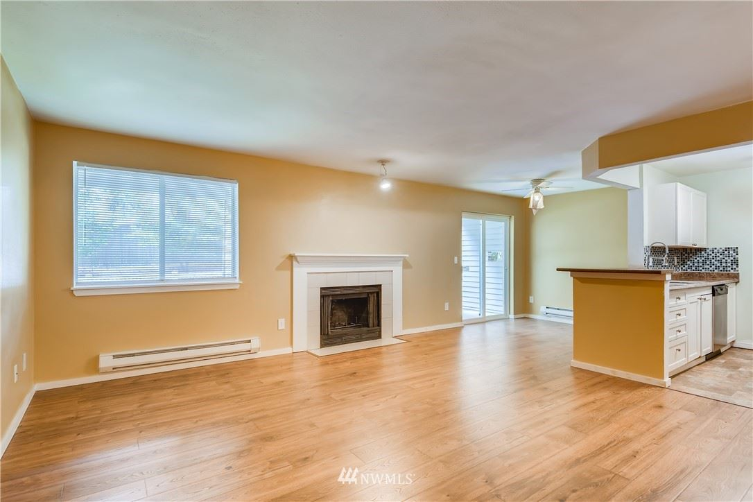 Photo of 15415 35th Avenue W #F102, Lynnwood, WA 98087 (MLS # 1783033)