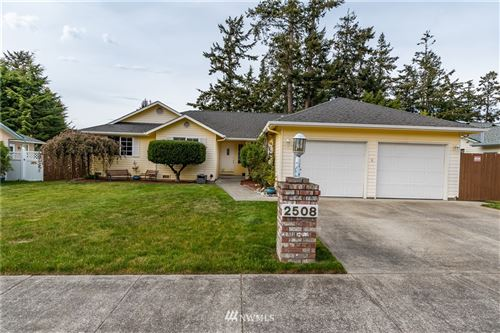 Photo of 2508 SW Talon Loop, Oak Harbor, WA 98277 (MLS # 1768034)