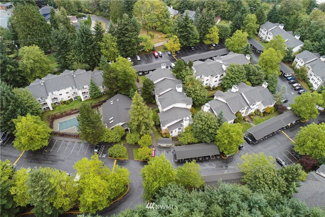 19230 Forest Park Drive NE #J-130, Lake Forest Park, WA 98155 - MLS#: 1668035