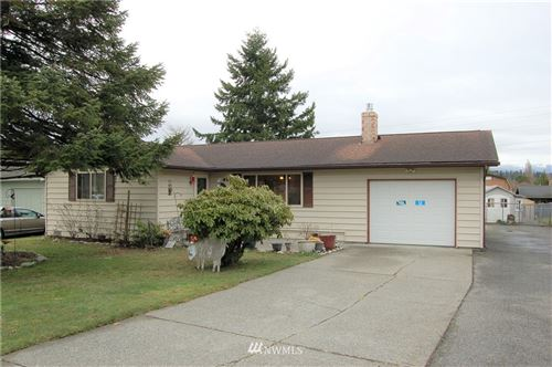 Photo of 308 N 17th Street, Mount Vernon, WA 98273 (MLS # 1736037)