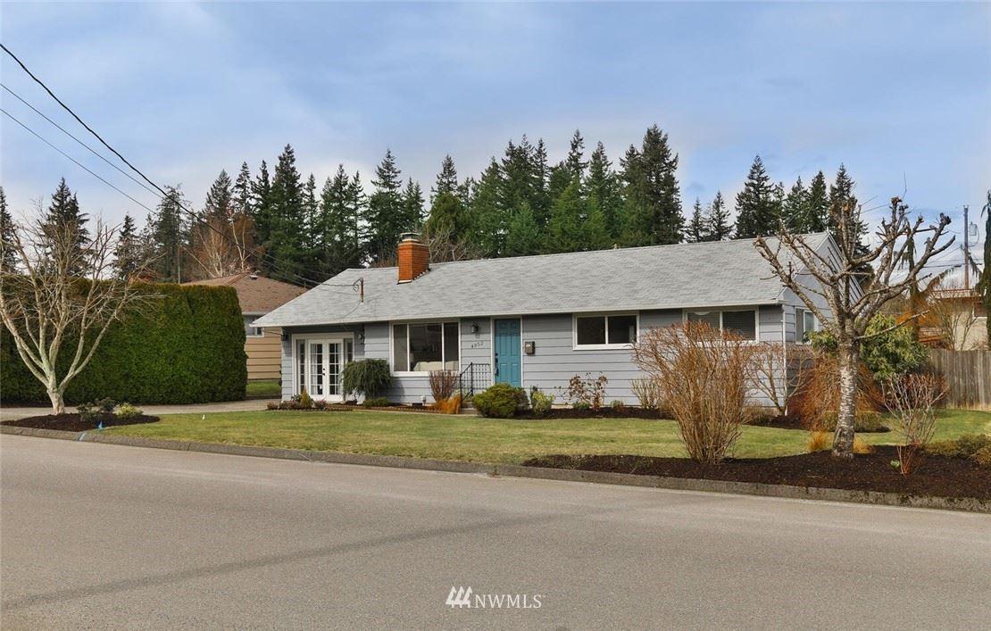 Photo of 4952 Vesper Drive, Everett, WA 98203 (MLS # 1738037)
