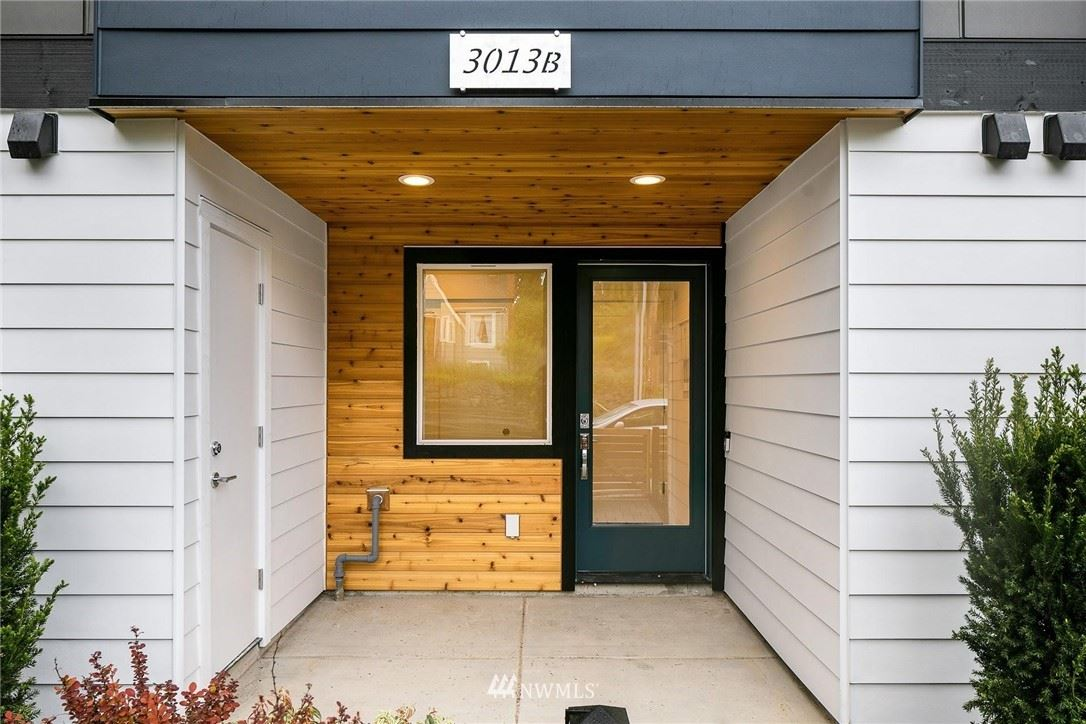 Photo of 3013 NE 130th Street #B, Seattle, WA 98125 (MLS # 1777037)