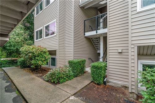 Photo of 12040 100th Avenue NE #J301, Kirkland, WA 98034 (MLS # 1844041)