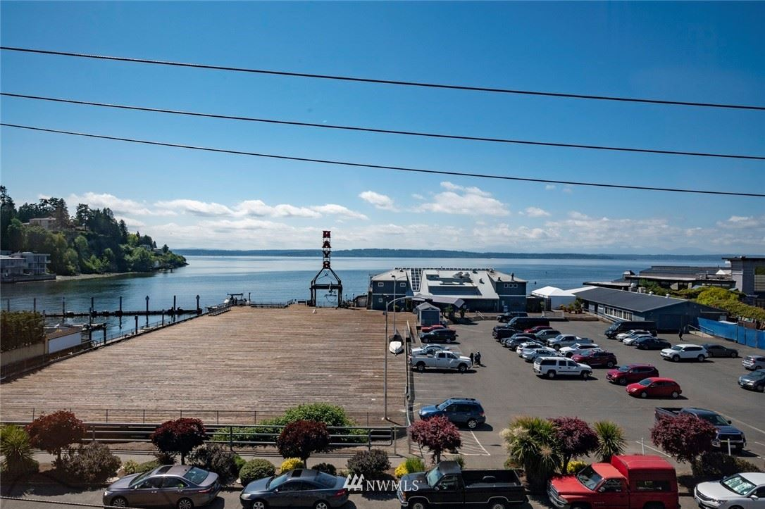 Photo of 6042 Seaview Avenue NW #403, Seattle, WA 98107 (MLS # 1778041)