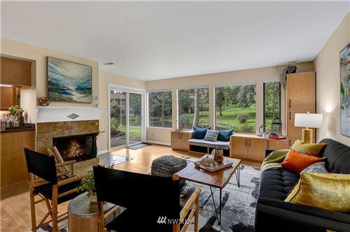 Photo of 1101 Bellefield Park Lane #1121, Bellevue, WA 98004 (MLS # 1852044)