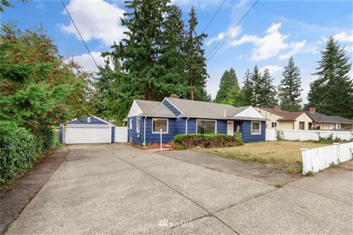 Photo of 311 Madison Street, Everett, WA 98203 (MLS # 1667045)