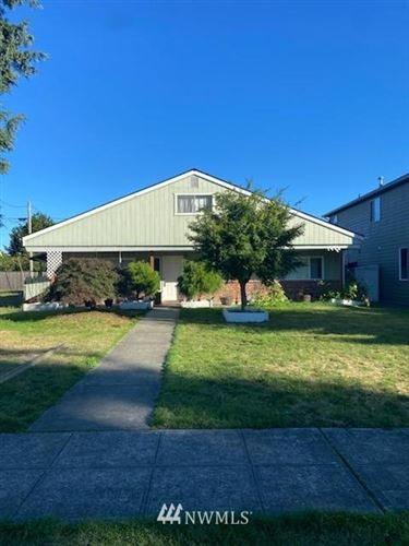 Photo of 215 E Division Street, Arlington, WA 98223 (MLS # 1666046)