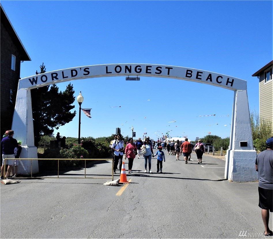 Photo of 110 Ocean Beach Blvd #8, Long Beach, WA 98631 (MLS # 1575048)