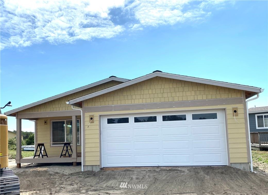 Photo of 804 324th Place, Ocean Park, WA 98640 (MLS # 1828048)