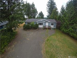 Photo of 41 E Lookout Ct, Grapeview, WA 98546 (MLS # 1507049)