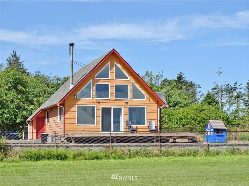 Photo of 442 Olympic View Avenue NE, Ocean Shores, WA 98569 (MLS # 1816049)