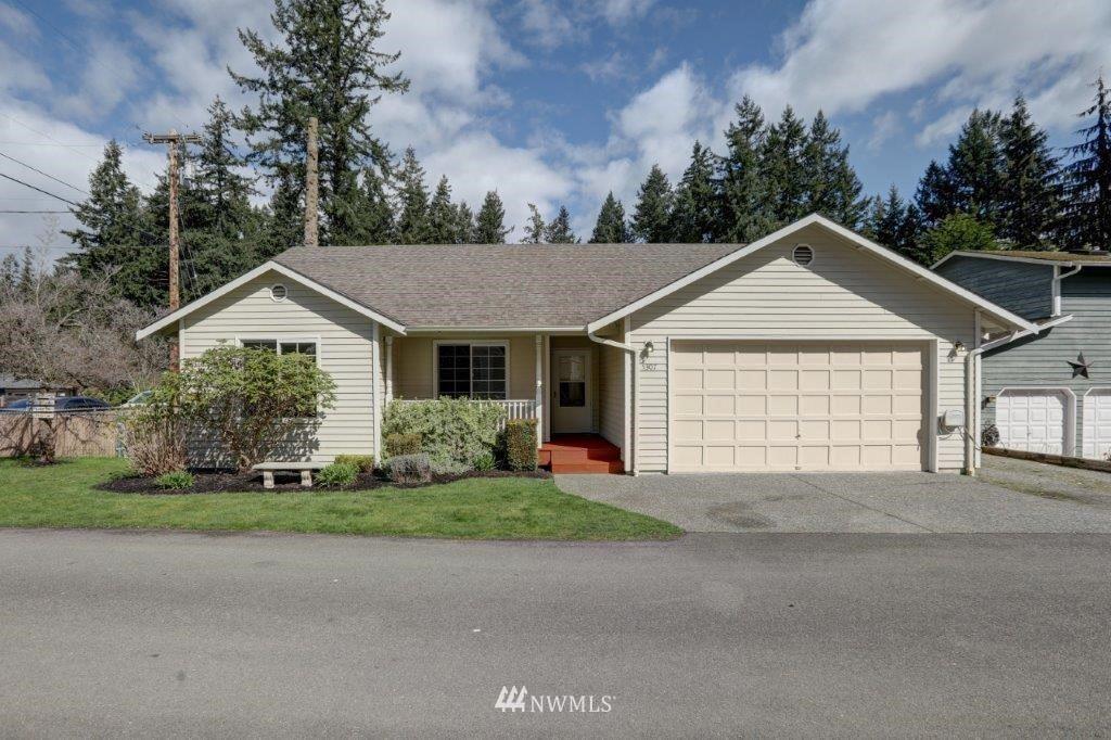 Photo of 5307 East Drive, Everett, WA 98203 (MLS # 1749051)