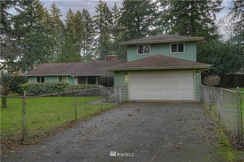 Photo of 12301 Glenwood Avenue SW, Lakewood, WA 98499 (MLS # 1718052)