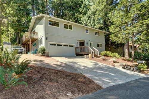 Photo of 2131 Lakemoor Drive SW, Olympia, WA 98512 (MLS # 1816054)