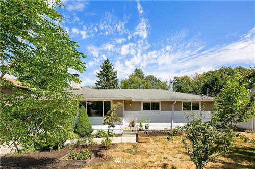 Photo of 10256 31st Avenue SW, Seattle, WA 98146 (MLS # 1816055)