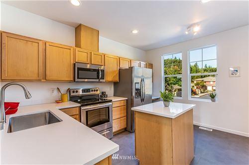 Photo of 15325 SE 155th Place #U3, Renton, WA 98058 (MLS # 1817057)