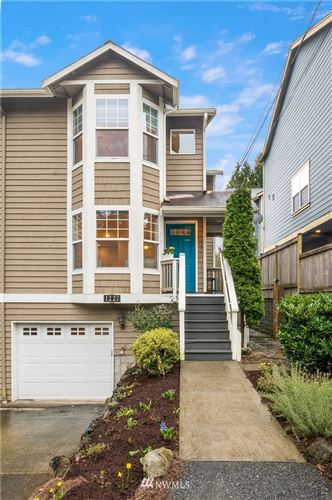 Photo of 1227 NE 135th Street, Seattle, WA 98125 (MLS # 1744058)