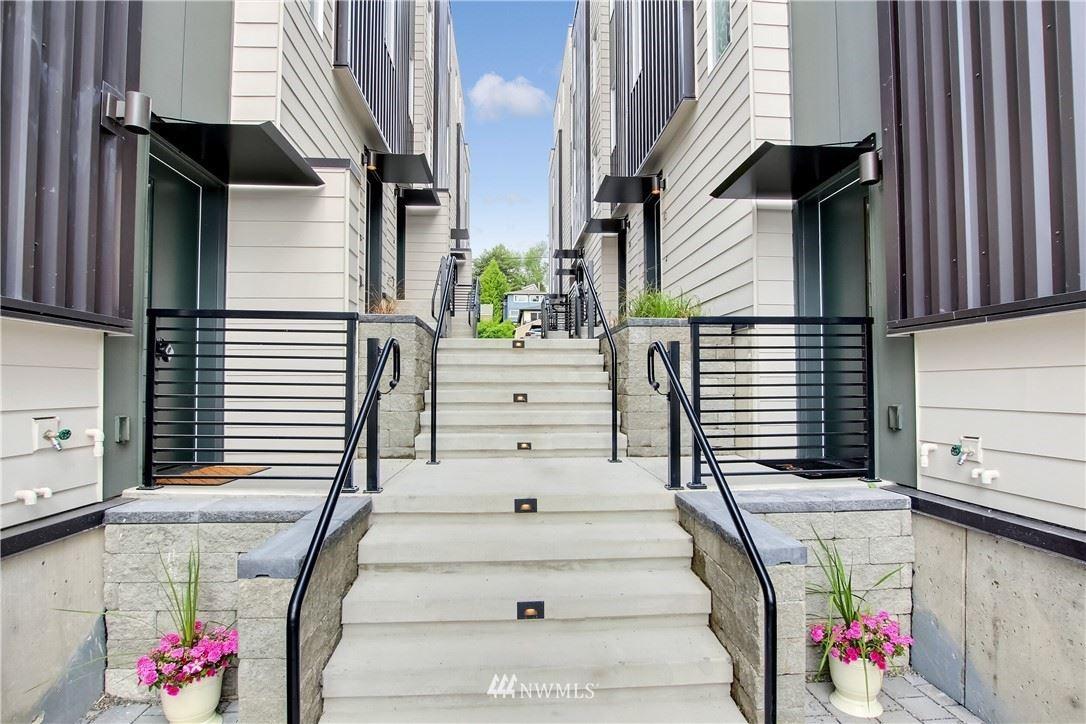 3088 SW Avalon Way #D, Seattle, WA 98126 - #: 1798059