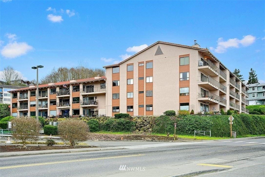 Photo of 28303 Sound View Drive S #307, Des Moines, WA 98198 (MLS # 1736060)