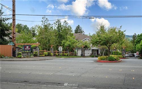 Photo of 4900 Talbot Road S #F, Renton, WA 98055 (MLS # 1814063)
