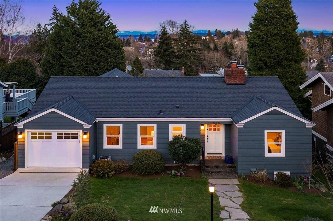 Photo of 6008 51st Avenue NE, Seattle, WA 98115 (MLS # 1743063)