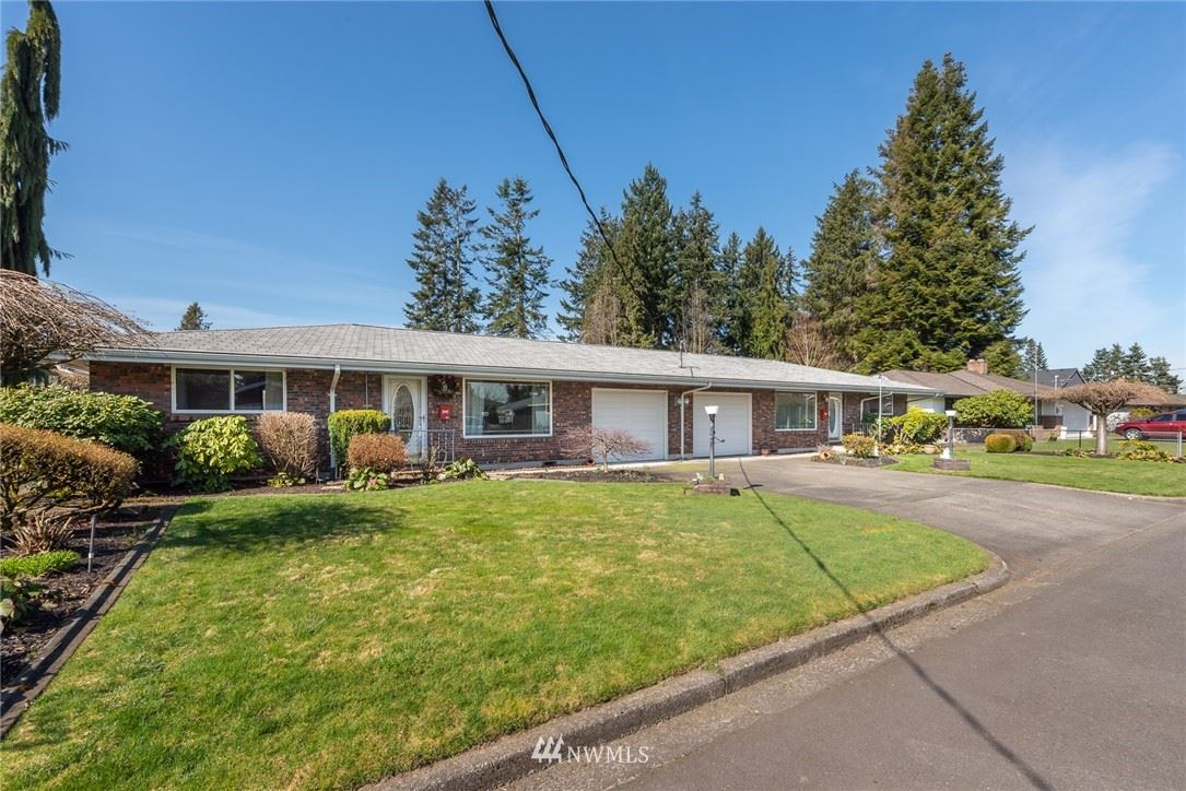 Photo for 418 19th St NW, Puyallup, WA 98371 (MLS # 1742064)