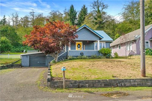 Photo of 610 Barnhart Street, Raymond, WA 98577 (MLS # 1669066)