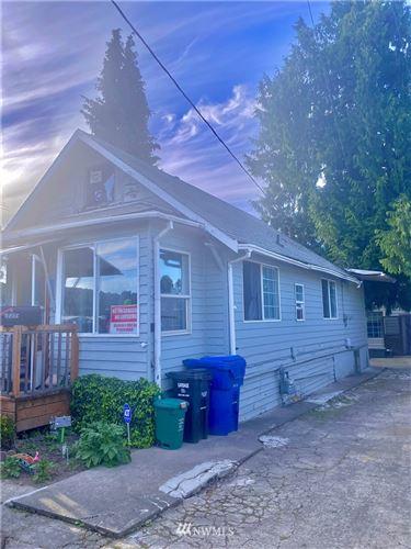 Photo of 730 S Elmgrove Street, Seattle, WA 98108 (MLS # 1796069)