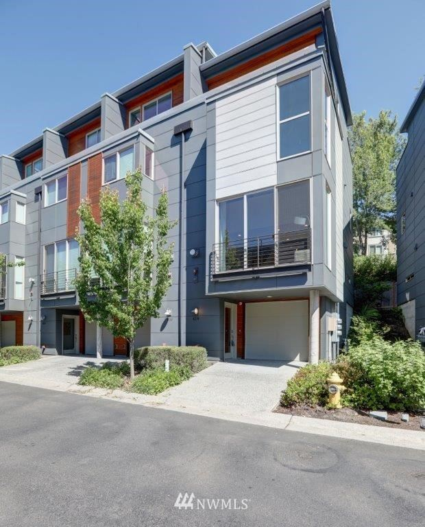 Photo of 4234 213th Place SE #23, Issaquah, WA 98029 (MLS # 1785069)