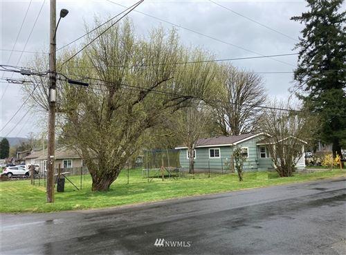 Photo of 920 SW 3rd. Avenue, Castle Rock, WA 98611 (MLS # 1757072)